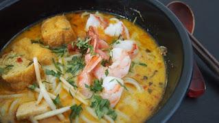 Laksa makanan khas singapura