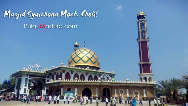 Wisata Religi Masjid Syaichona Moch Cholil - Martajasah