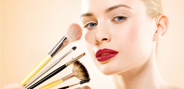 How To Select Safe Cosmetics for Pregnant Women
