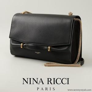 Queen Letizia carried Nina Ricci Marché Chaine Medium Leather Shoulder Bag