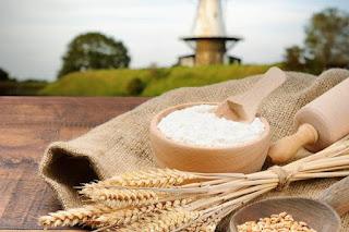 Как правильно выбрать муку, чтобы выпечка была вкусной? Польза пшеничной муки