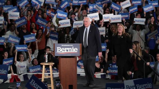 Gran escándalo marca el comienzo de elecciones primarias en EEUU