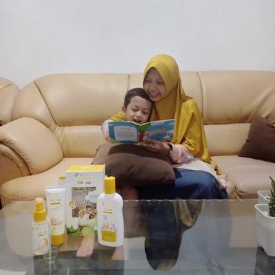 manfaat membaca buku untuk bayi