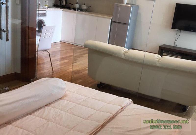 The Manor 2 HCM từ phòng ngủ view ra phòng khách