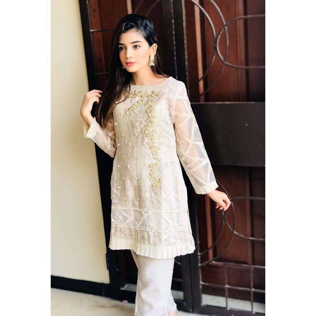 Laiba Khan Height