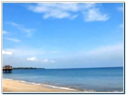 Pantai Sambolo 2