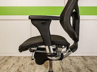 Кресла для работы AirSpace
