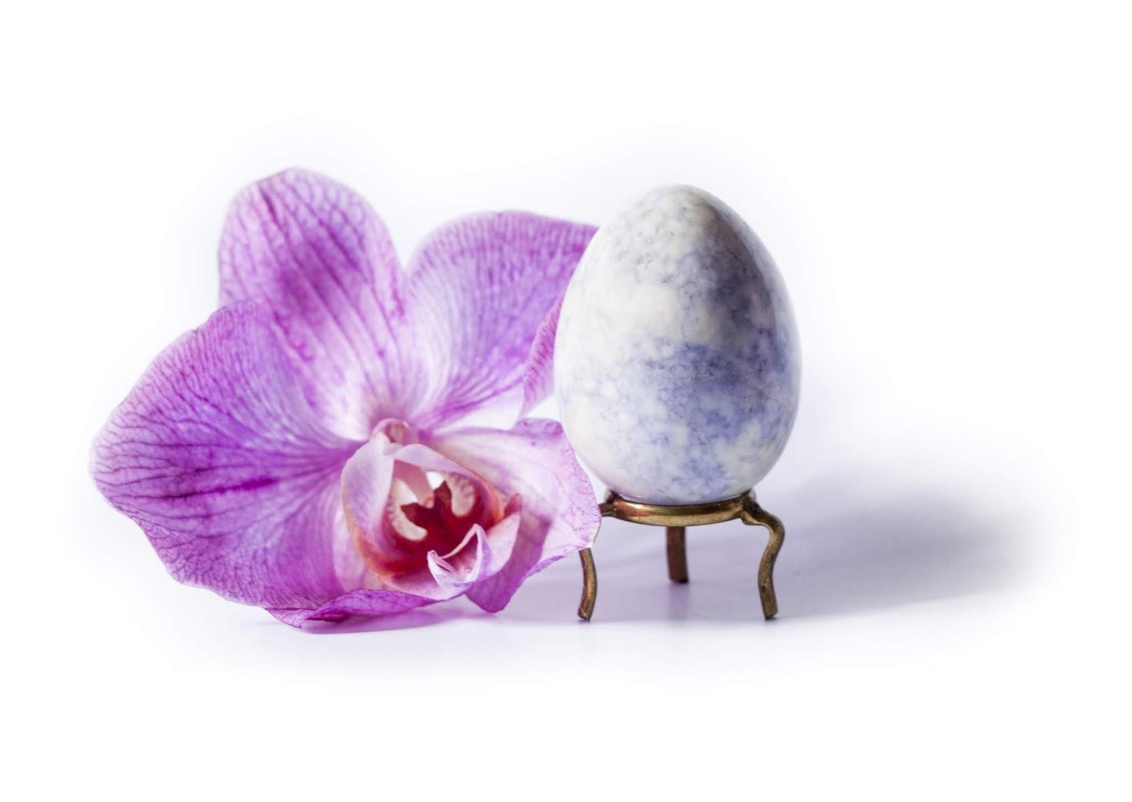 Oeuf de yoni en jade lilas