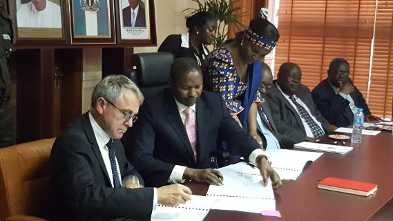 Nigeria And UK Sign MoU For The Return Of Looted Assets