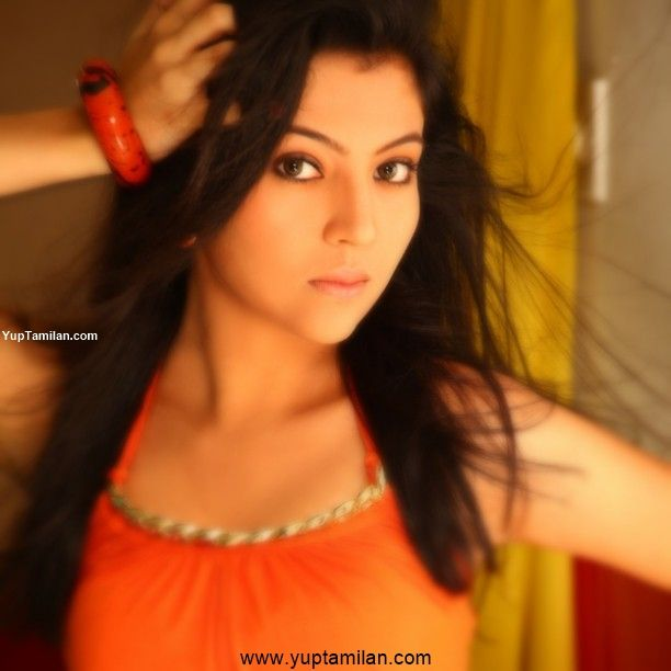 Barkha Singh Hot & Sexy Photos, Images, Pictures
