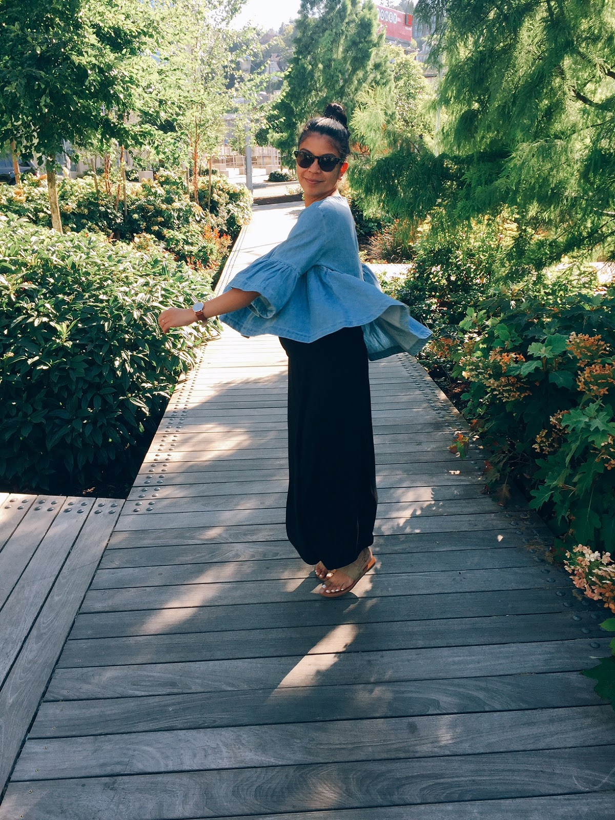 affordable fashion, denim bell sleeved top, fblogger, maxi skirt, nude sandals, portland fashion blogger, sammydress review, thirty bucks,