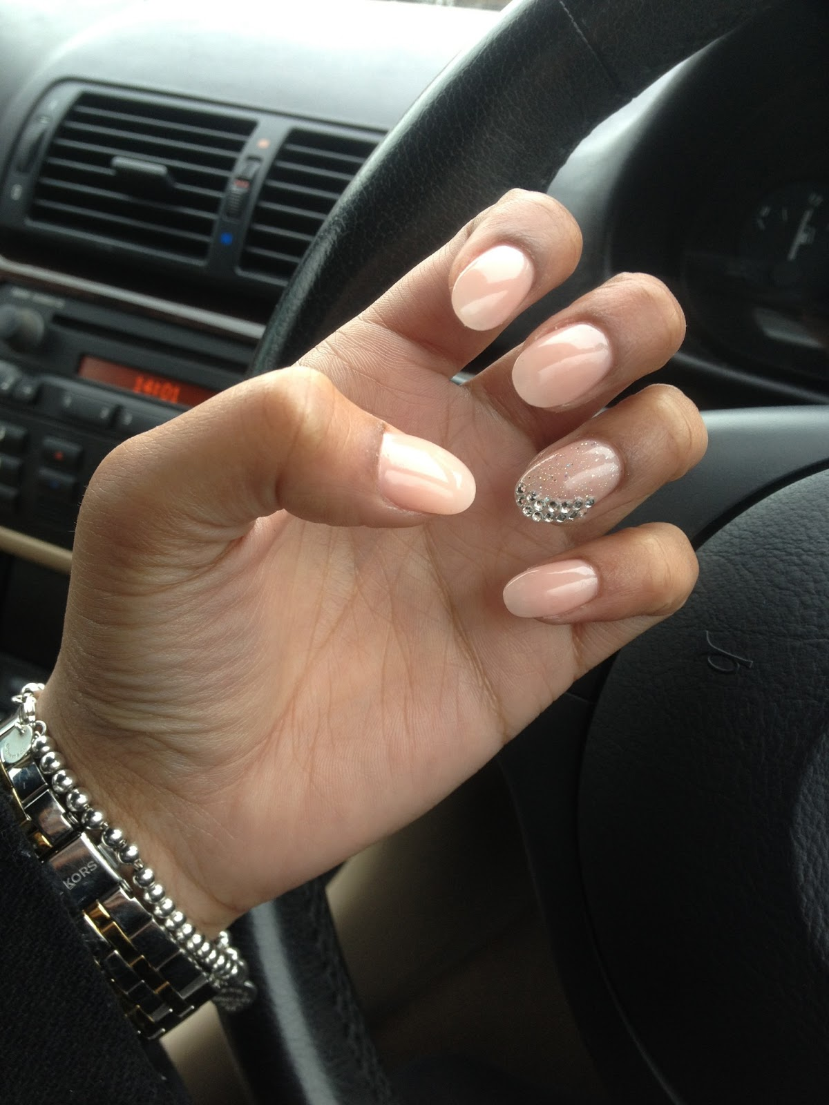 Pointed Nail Designs - Pccala