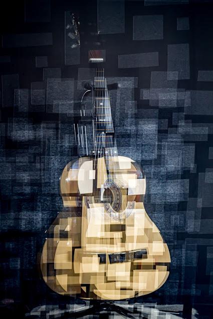 Fotocubismo en raw - Guitarra, de Carlos Larios