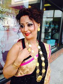 aunty Desi mom