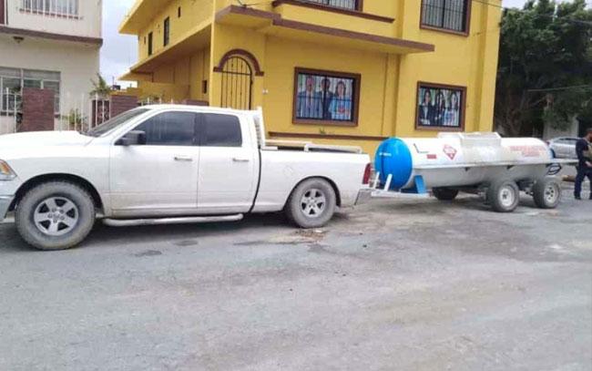 Caen 2 en Reynosa; Tamaulipas por vender gasolina a domicilio