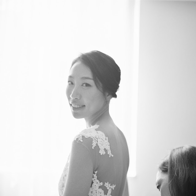 Bride in her Pronovias wedding gown before her intimate wedding at Locanda Verde | Karen Hill Photography