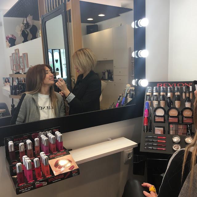 Salón Blue By Raquel Saiz, Peluqueria, Maquillaje, Color, Revlon