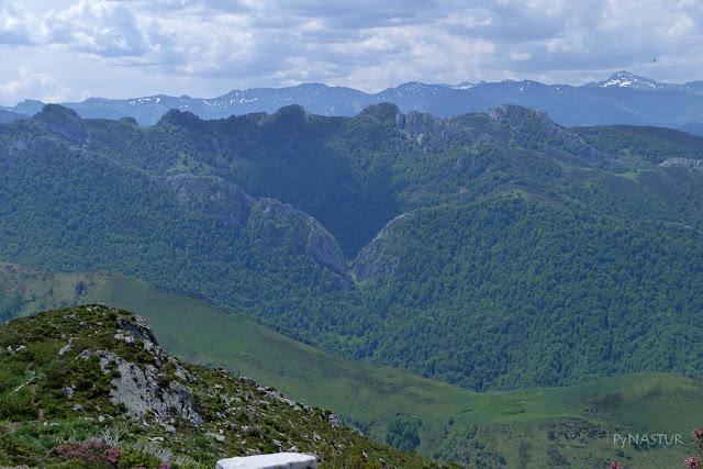Foz de Muñacos y Hayedo del Río Infierno - Parque Natural de Redes