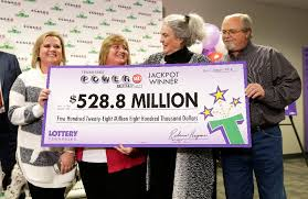 Winners Of $1.6 Billion Powerball Jackpot