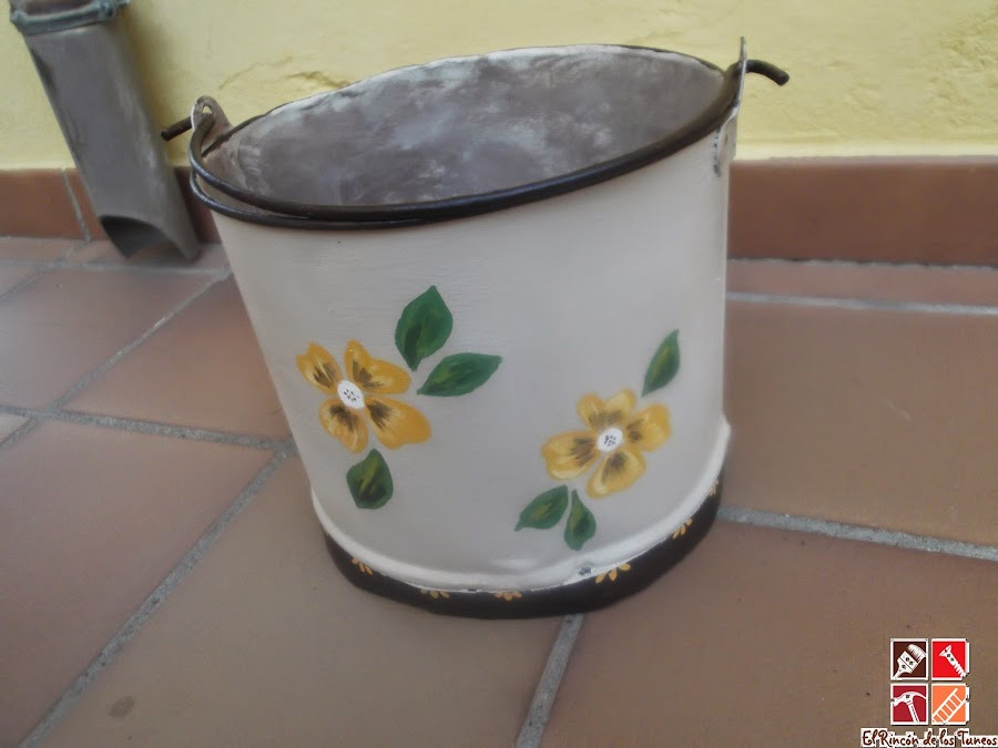 trasera caldero esmaltado pintado a mano