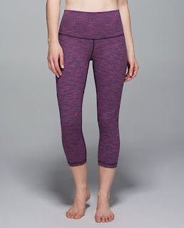 lululemon-naval-diamond-jacquard wunder-under-crop