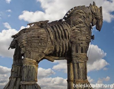 Truva atı nedir?