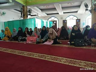 Kajian Muslimah Tentang Thaharah oleh Ustadzah Fifin Wachyuni di Masjid Darussalam Tarakan 20191020