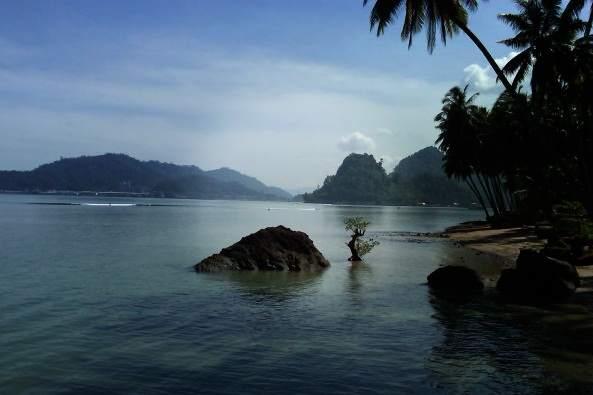wisata eksotis Pantai Nirwana