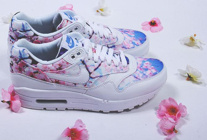b4d730af2b Fashion In Japan: ⦗ FASHION ⦘ Nike cipők Sakura mintával