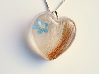 Horse hair necklace and forget me not flower