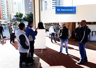 Dirigentes do Sinttromar no Terminal Intermodal de Maringá. Café com Jornalista
