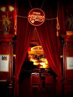 Entrada para o Palco de Tango do Gran Café Tortoni, em Buenos Aires