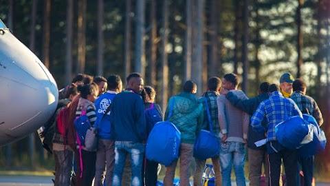 Duplájára nőtt a bevándorlást elutasítók száma Svédországban – videó