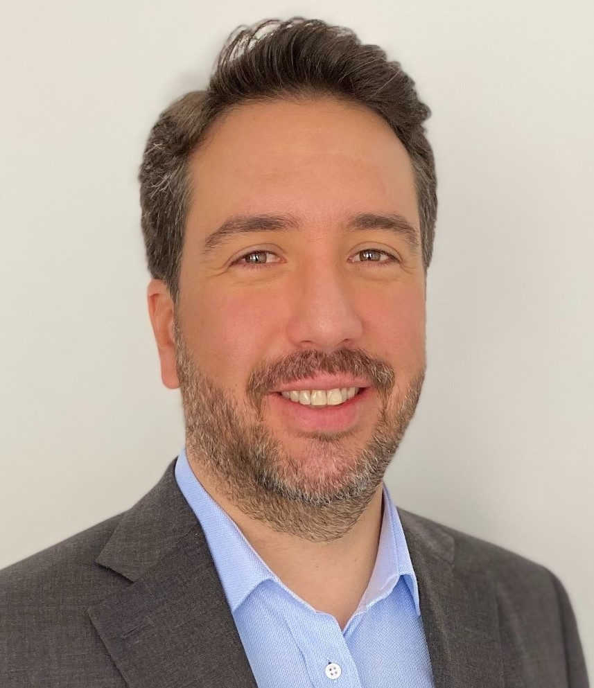 https://www.notasrosas.com/Darnel beneficia a más de 2500 familias recicladoras con su nueva línea Resq® Sergio Diaz Collazos