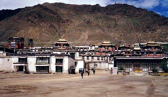 Khám phá tu viện Tashilhunpo huyền bí