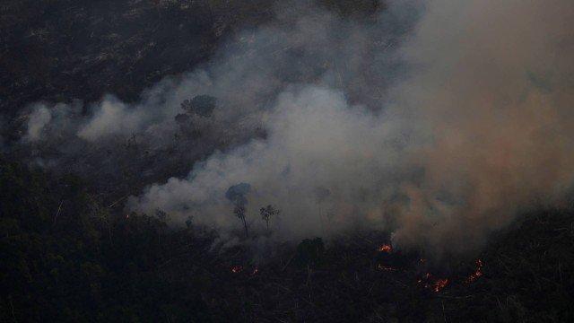 Brasil tenta ofensiva diplomática para reverter imagem de destruição da Amazônia