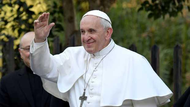 Puji Tuhan, Kondisi Paus Fransiskus Dikabarkan Membaik Setelah Operasi