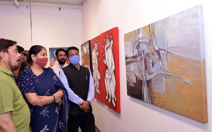 Rajasthan Diwas पर JKK में Exhibition, कलाकारों ने पेंटिंग, स्कलपचर, इंस्टॉलेशन्स के ज़रिए व्यक्त किए संदेश!