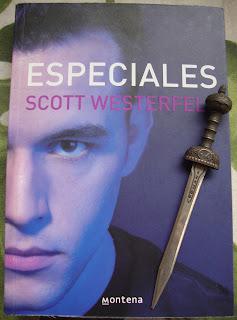 Portada del libro Especiales, de Scott Westerfeld