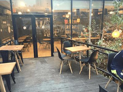 4 nguyên tắc lựa chọn bàn ghế quán cafe sao cho đẹp nhất