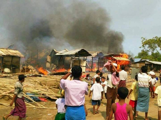 Muslim Rohingya di Sittwe, Rakhine negara Burma dilanda musibah kebakaran membuat 448 keluarga kehilangan tempat tinggal