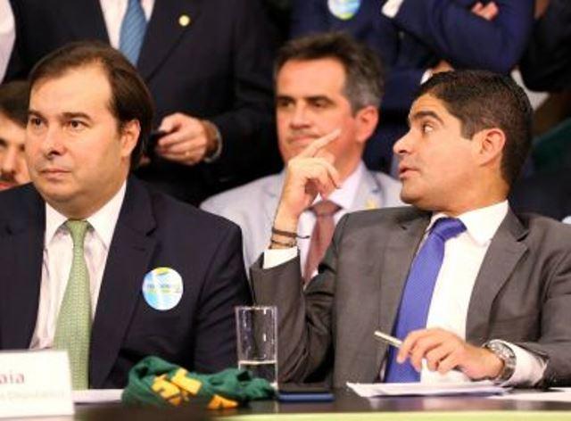 Rodrigo Maia evita ACM Neto após crise em eleição da Câmara, diz coluna