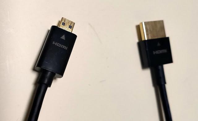 HDMIケーブル(マイクロ⇒通常)
