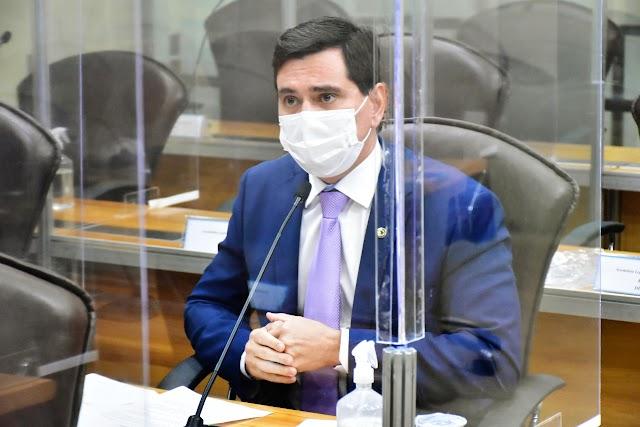 Lei de George Soares agora permite fisioterapeutas em UTIs no RN
