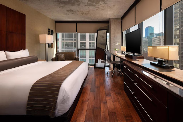 Eurostars Magnificent Mile is a boutique hotel in Chicago that believes in life's little pleasures. This hedonistic commitment can be seen in its innumerable details that go along with your stay.