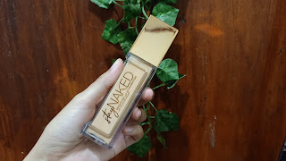 Review Urban Decay Foundation