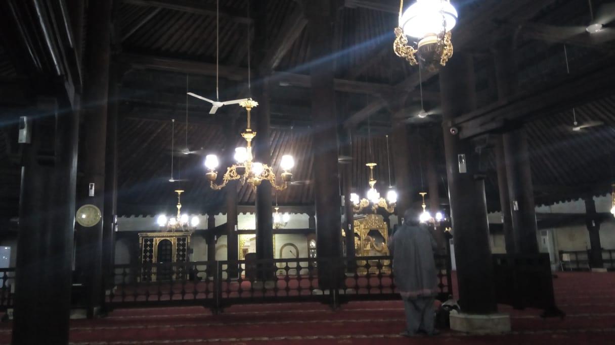interior masjid gedhe kauman