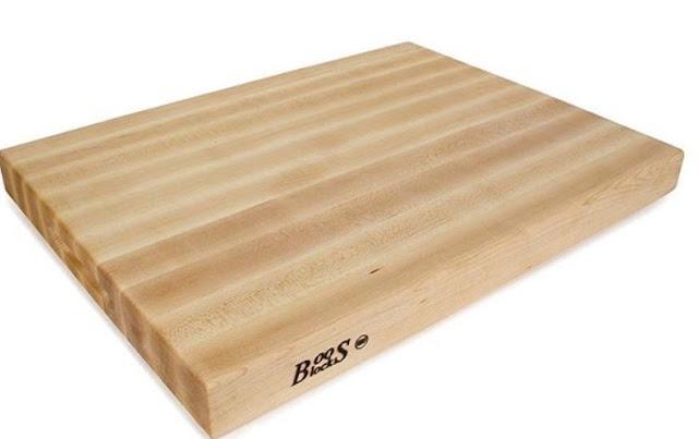 Best Wedding Gift Ideas-A host-worthy cutting board