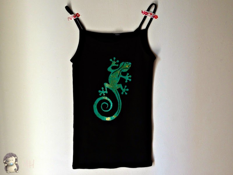 Camiseta con lagartija
