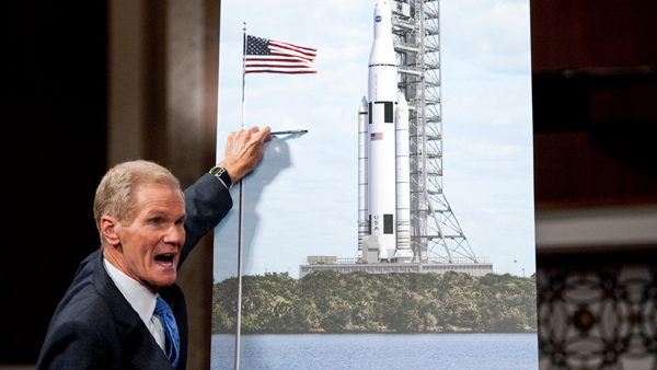 Bill Nelson unveils the design of the Space Launch System on September 14, 2011.